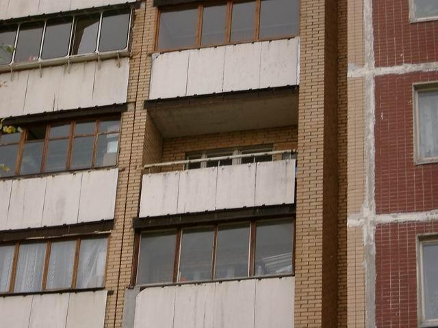 Стоимость остекления балкона или лоджии в доме серии п-55.